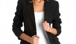 Veste noire femme : toutes les formes que vous pouvez porter