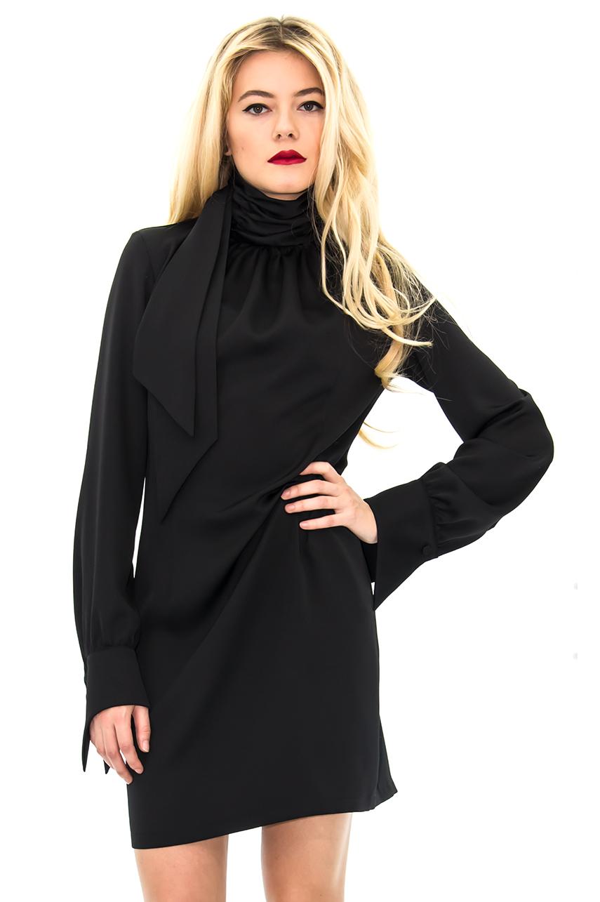 Chic Et Soyez Décontractée La À Noire Robe Fois Saharienne qwBgSS