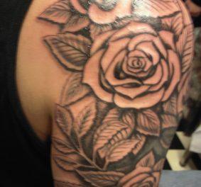 Tatouage rose, une idée sympa